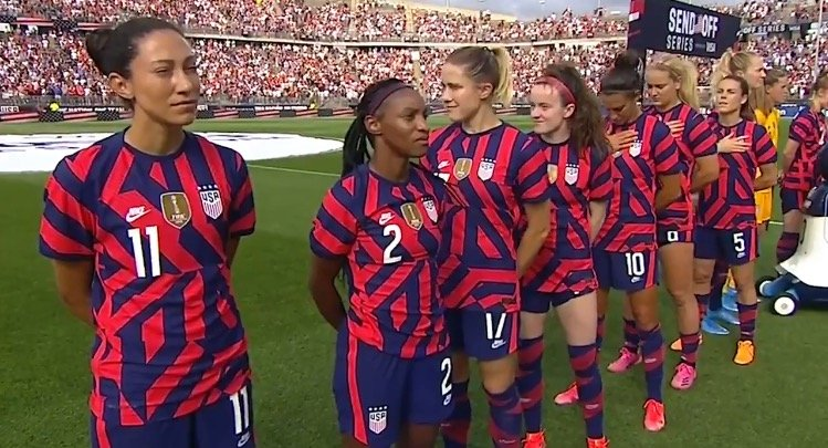 Several Women on US Soccer Team Turn Away From US Flag as 98-Year-Old Veteran Plays National Anthem on Harmonica (VIDEO)