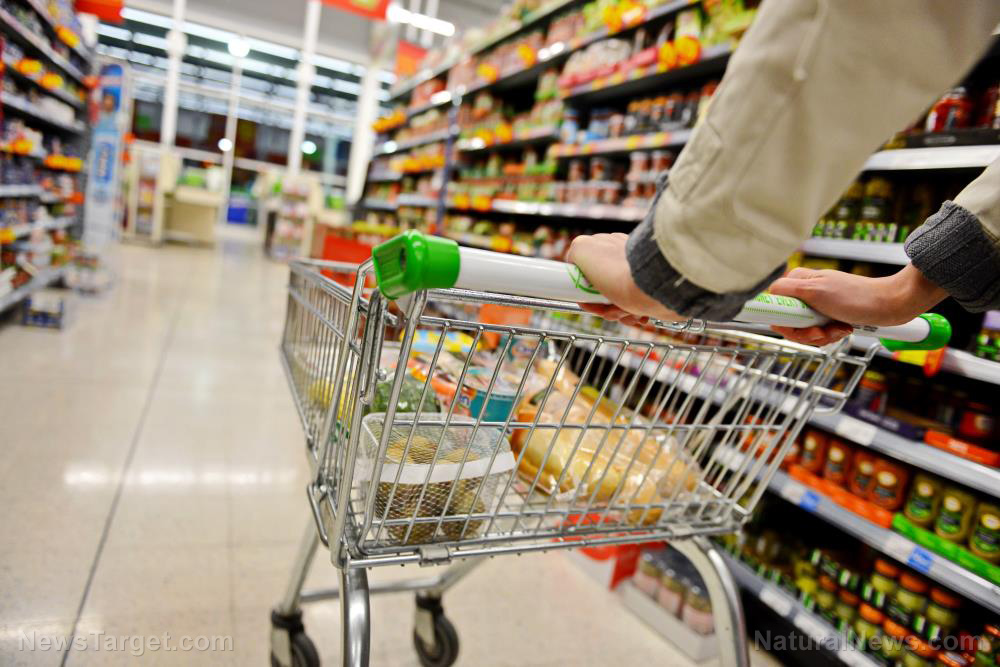 Image: Supermarkets stocking up on food in anticipation of supply chain disruptions, price inflation